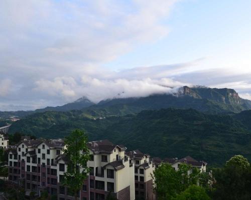 云海山景避暑洋房